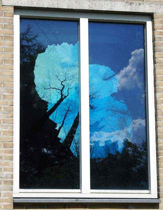 reflectie-raam-buiten